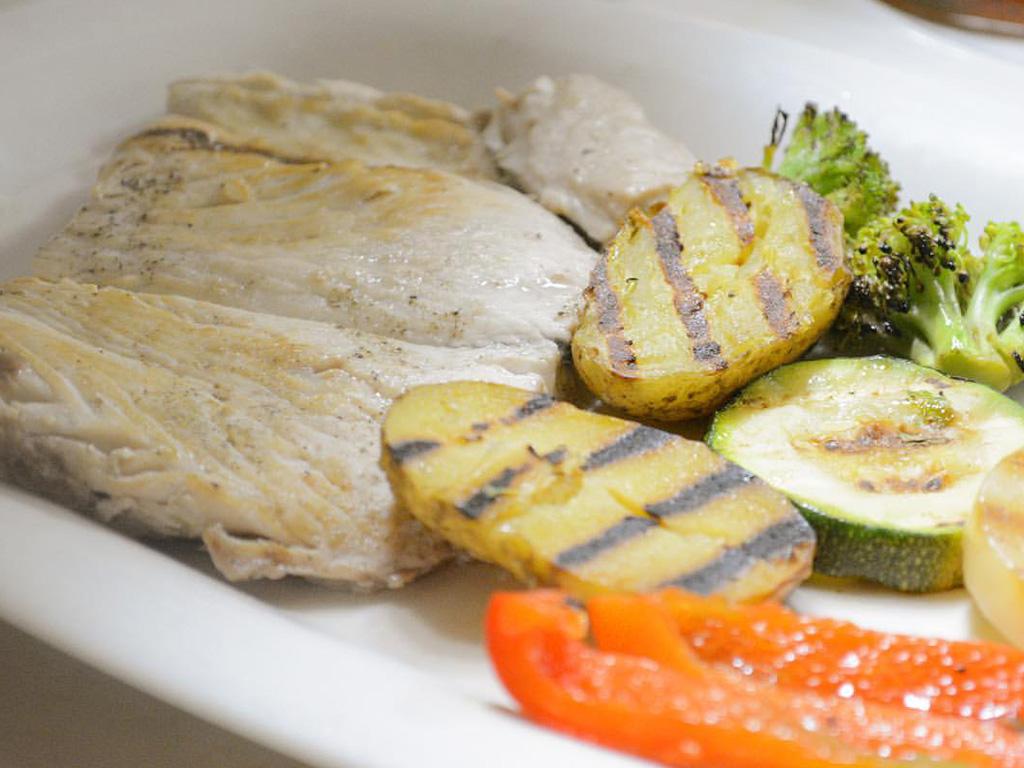 Filete de Dorado con vegetales al grill